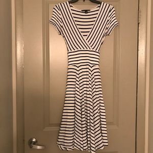 White & navy striped Banana Republic dress